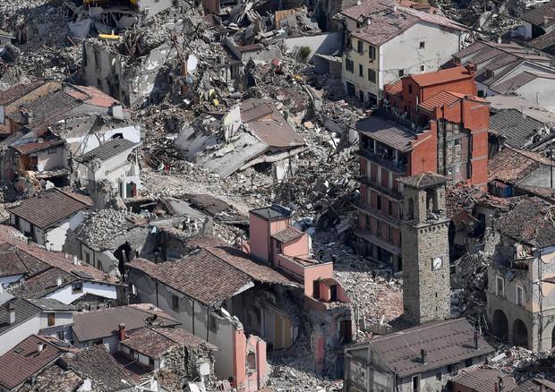 Cinque anni fa il sisma nel Centro Italia che semino' distruzione e morte