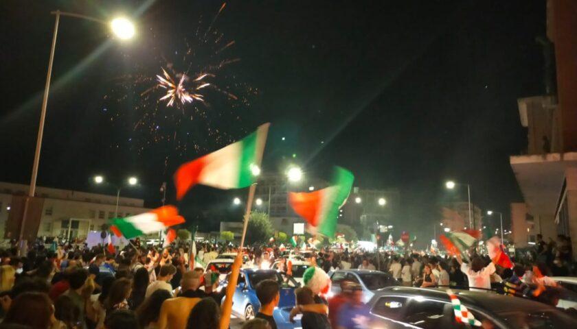 Aumento contagi in Italia per gli under 40, per l'Iss colpa dei festeggiamenti per gli Europei di calcio