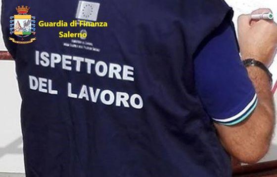 Acciaroli, blitz nei locali pubblici: 11 lavoratori in nero, 35mila euro di multe