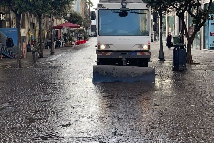 Lavaggio strade e derattizzazione a Salerno, il Codacons soddisfatto