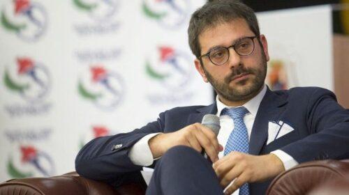 """Tofalo (M5S): """"Conti in rosso al Comune di Salerno, si vendono beni comuni per far quadrare i conti. Tempo di cambiare rotta"""