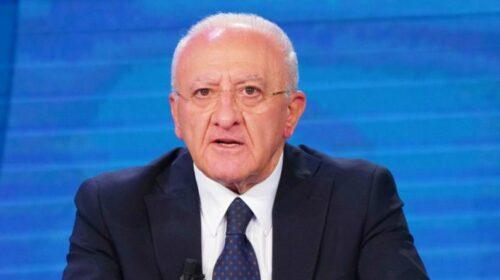 """De Luca: """"La Campania ha retto l'urto dei turisti ma per i contagi bisogna attendere settembre. Vergogna Occidente per l'Afghanistan"""""""