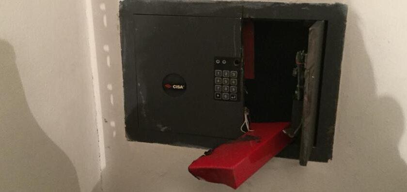 Sala Consilina, ladri con il flex scardinano cassaforte rubando gioielli e contanti
