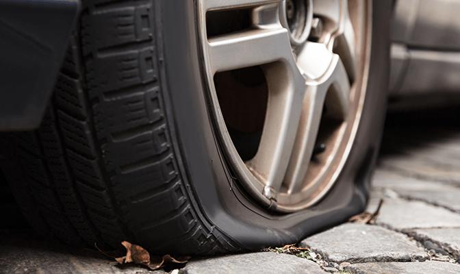 """Ruote di auto forate a Sant'Egidio, il sindaco: """"Fatto gravissimo e inaccettabile"""""""
