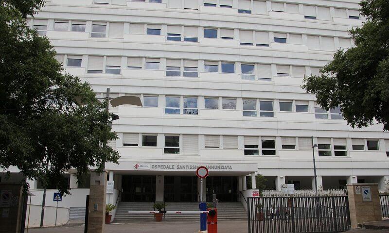 Infermiere napoletano morto nonostante due vaccini, il Nursing: apertura commissione d'inchiesta