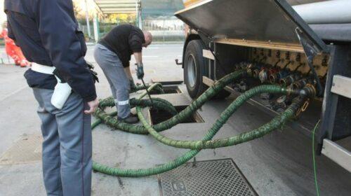 """Salerno, """"Pompe bianche"""": blitz dei doganieri con sequestro di gasolio adulterato"""