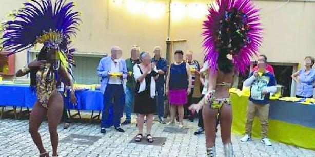 Festa con ballerine brasiliane al centro salute mentale di Cava, sospesa la direttrice