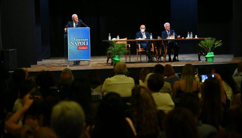 Salerno, De Luca e Napoli incontrano il mondo della solidarietà
