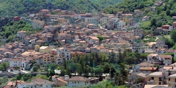 A Monte San Giacomo D'Alto sfida l'uscente Accetta