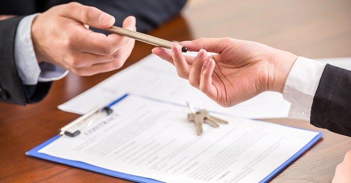 Busta paga falsa di Salerno Pulita per affittare casa