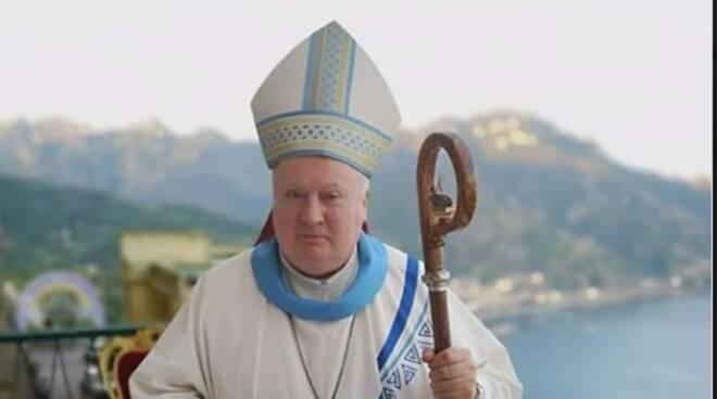 Cava, parroco trasferito da Castagneto a Sant'Anna: fedeli contro il Vescovo