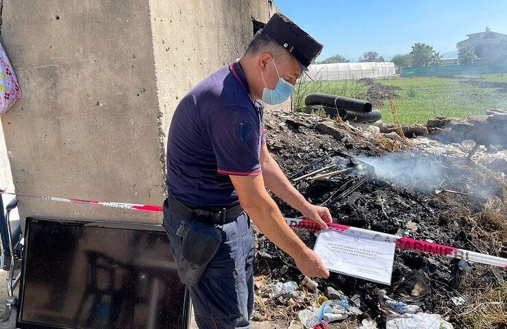 Pontecagnano Faiano, denuncia per combustione illecita di rifiuti