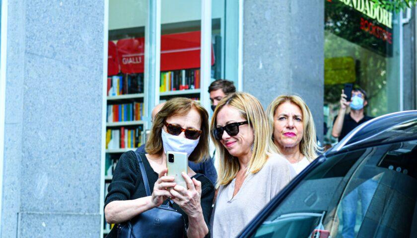 Meloni a Salerno: confidiamo in Michele Sarno per liberare la città da De Luca