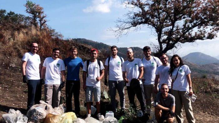 Voglio un mondo pulito, raccolti 25 kg di rifiuti e piantati 15 alberi a Castel San Giorgio