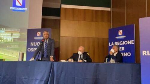 """De Luca: """"A Salerno un ospedale costruito a modello di paziente"""""""