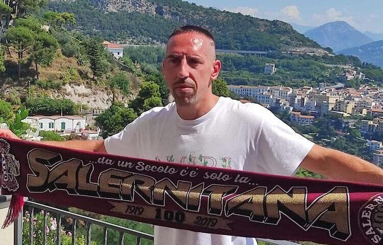 Primi scatti da calciatore della Salernitana per FrankRibéry