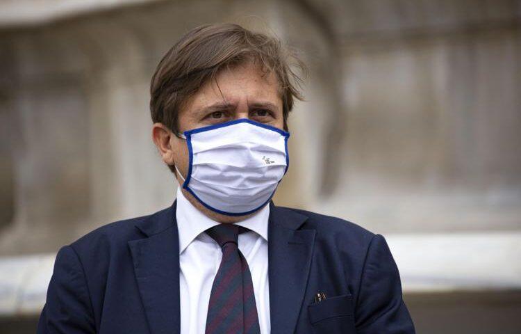 """Vaccino Covid, Sileri: """"Terza dose sarà per tutti"""""""