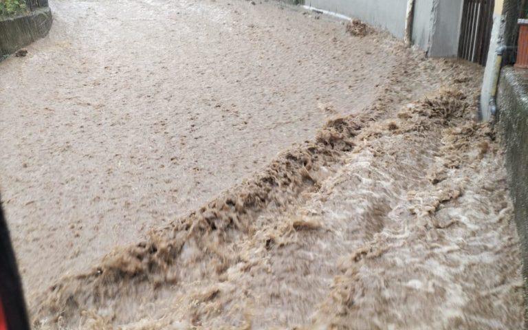 Disagi a Ravello per la pioggia, sopralluogo stamani del Comune in via Rufolo
