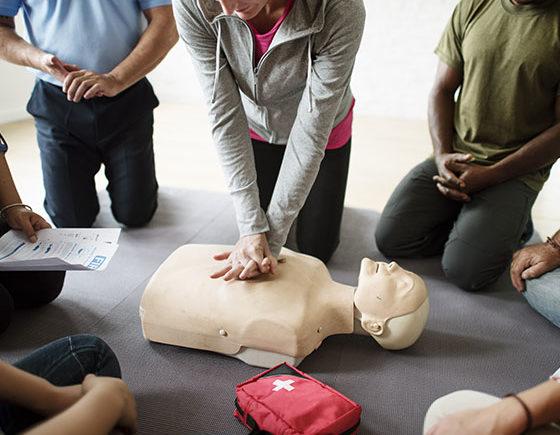 """Pagani, corso di formazione per utilizzo di defibrillatori """"Cinque minuti puoi salvare una vita"""""""