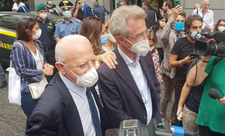 """Covid, De Luca: """"Se avessimo seguito Meloni e Salvini oggi l'Italia sarebbe chiusa"""""""