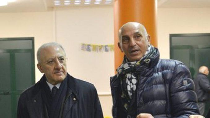 """Inchiesta bufera su Salerno, De Magistris: """"E De Luca fa le foto con Fico e Di Maio"""""""