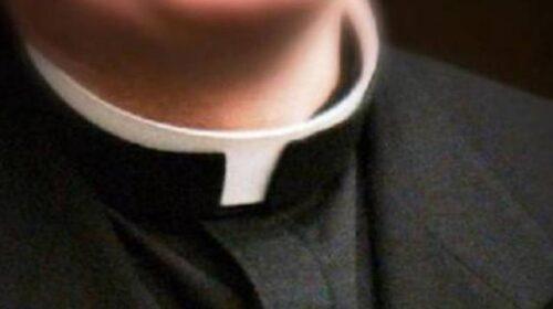Atti sessuali con minori di 14 anni, arrestato sacerdote ad Avellino